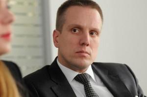 Victor Constantinescu_Partener