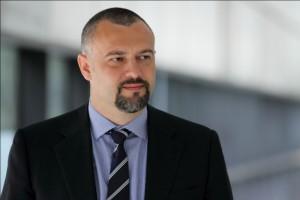 Andrei Burz-Pinzaru,FSI